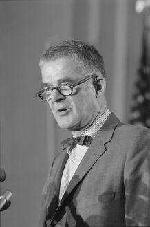 ARCHIBALD COX (1912-2004). American lawyer and politician
