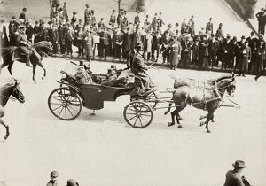 CHICAGO: ROOSEVELT VISIT. President Theodore Roosevelt riding in a horse-drawn