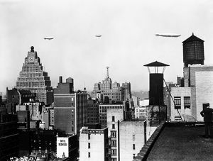 DIRIGIBLES, NEW YORK CITY. American dirigibles flying above New York City, early