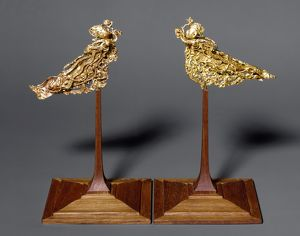 Gold headdress ornaments in the form of a pair of apsarases (angels of Buddhist mythology)