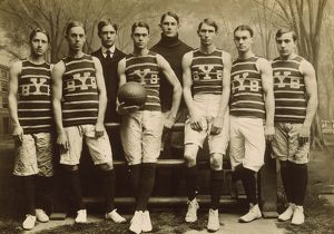 YALE BASKETBALL TEAM, 1901